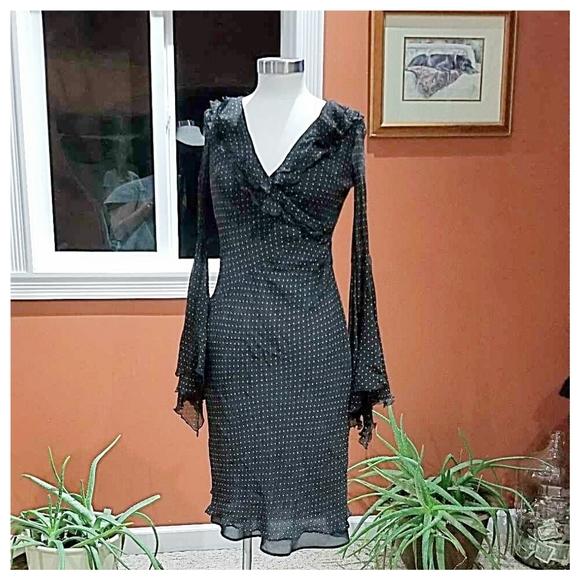 Express Dresses & Skirts - Express extreme bell sleeved dress